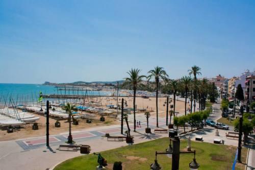sitges beach 2