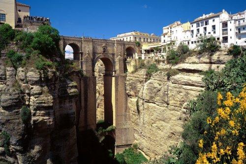 Brücke Puente Nuevo über der Schlucht des Rio Guadalevin, Ronda, Malaga...