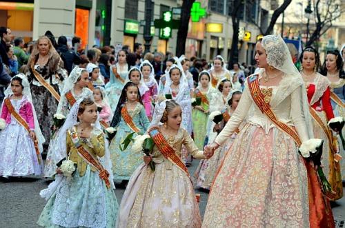 valencia-parade (1).jpg